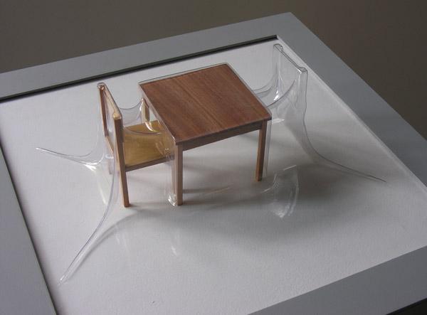 Matrioshka IV - Monólogo (Transparente)  Termoformado, madera  38 x 38 x 15.3 cm  2012
