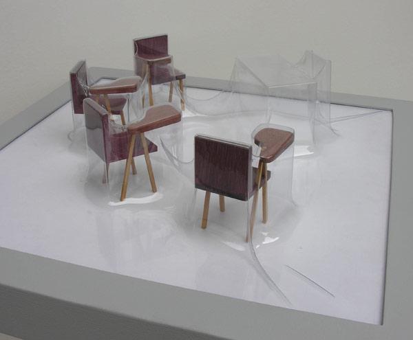 Matrioshka X - Profesor (Transparente)  Termoformado, madera  46 x 46 x 15.1 cm  2012