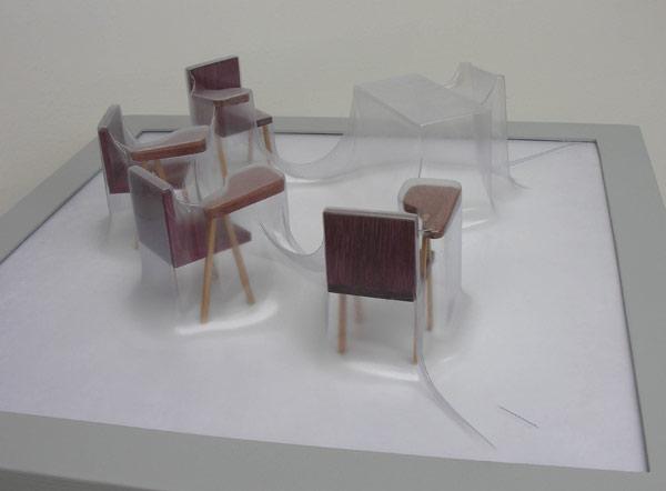 Matrioshka X - Profesor (Opaca)  Termoformado, madera  46 x 46 x 15.1 cm  2012