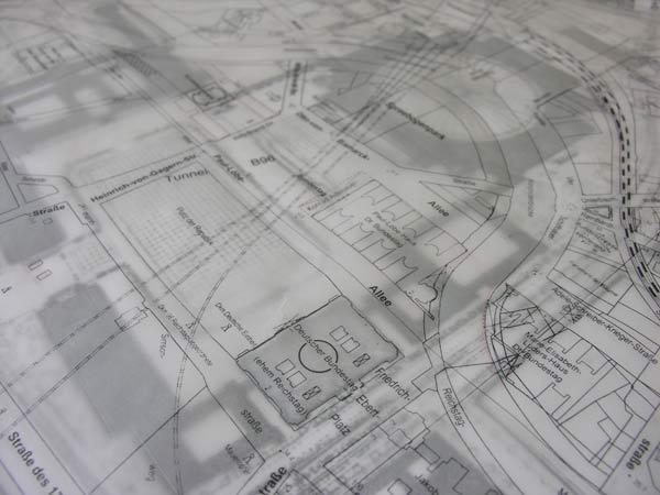 Matrioshka-Modell Germania  Foto © Yomayra_Puentes  Termoformado, poliuretano, plexiglas, cartón  69.3 x 69.3 x 20 cm  2013